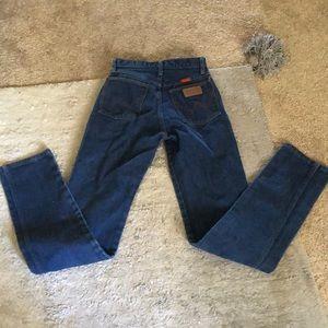 dark wash wrangler jeans